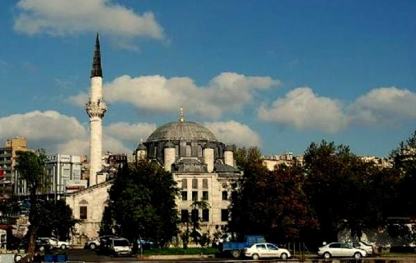 Azapkapı Sokollu Mehmet Pasa Camii