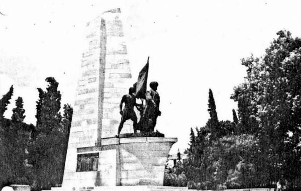 Besiktas Barabaros Hayrettin Pasa Anıtı
