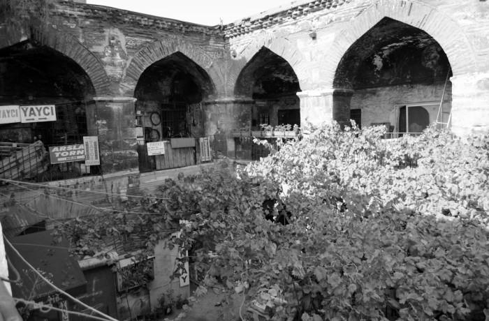 Karaköy Persembe Pazarı Kursunlu Han