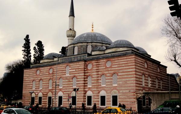 Besiktas Sinan Pasa Camii