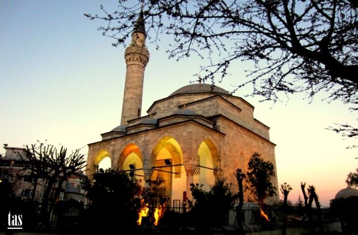 Divanyolu Firuz Aga Camii