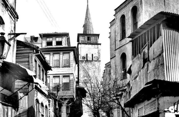 Karaköy Persembe Pazarı Arap Camii